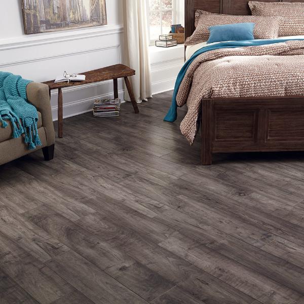Latest Flooring: Laminate Floor Installation